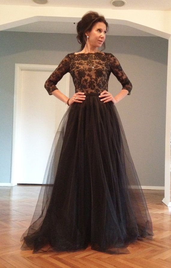 8850fc997ab5b Half Sleeve 2017 Black Evening Dresses Sequins Beaded Sweep Train Tulle  Appliques Evening Wear Dress New Vestidos For Party Formal Prom Gowns