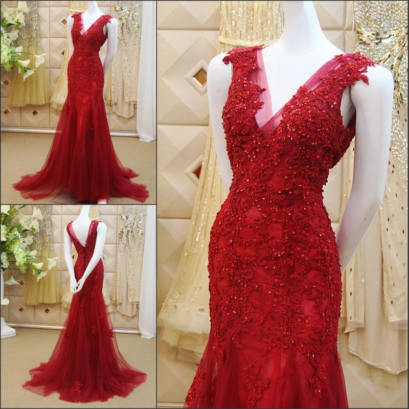9ddfc723929 3D-Floral Appliques Chinese Red Mermaid Wedding Dresses Beading 2018 V-Neck  Sweep Train Backless Beaded Sequins Tulle Vestidos Bridal Gowns