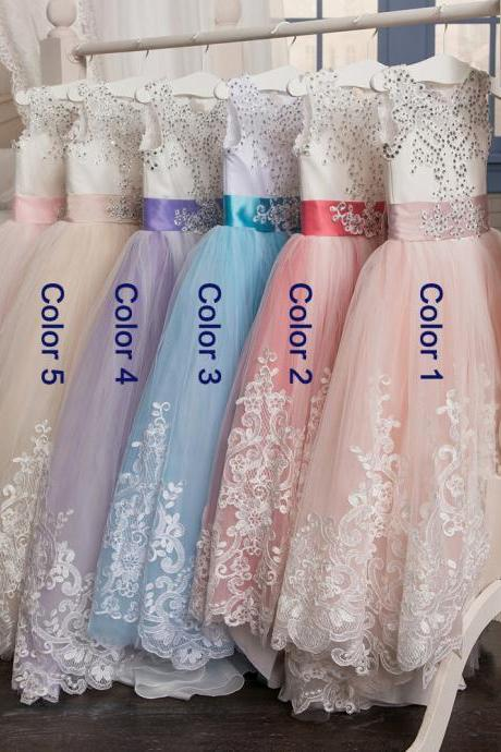 Hot Sale Sheer Neck Ball Gown Flower Girl Dress Lace Applique 2018 Cheap Keyhole Back Beaded First Communion Dress For Girls