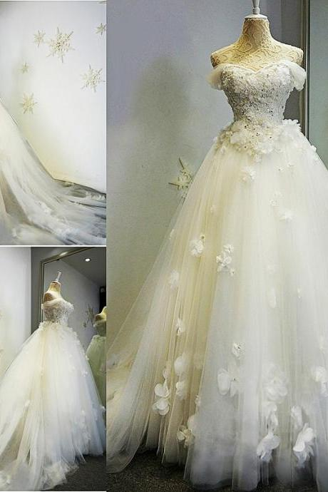3D-Floral Appliques Wedding Dresses 2017 Sweetheart Chapel Train Sequins Beaded Open Back Pleats Beaded Wedding Dress Bridal Gown Vestido
