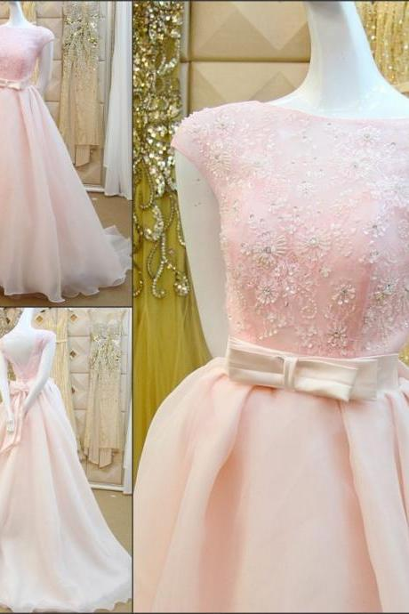 2018 Pink A-Line Wedding Dresses Beaded 3D-Floral Appliques Bow Sash Chapel Train Piping Beading Short Sleeve Wedding Dress Bridal Gown Vestido