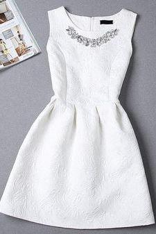 Party Dresses All White Jewel Collar Zipper Back Beaded Cheap Evening Wear Graduation Dress Homecoming Gowns Formal Cocktail Gowns Banquet