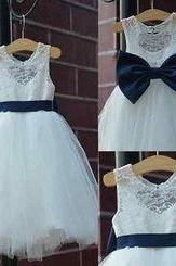 Flower Girls Dresses For Wedding Communion Dress Hollow Back Big Bow Birthday Wear Pageant Dress New Flowergirl Wedding Girls Dress Children
