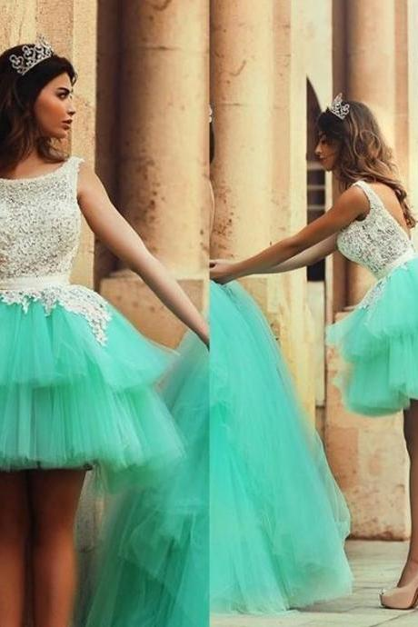 Scoop Neck Backelss Bateau Neck Prom Short Tiered Skirts Green Appliques Mini Bridesmaid Dress Beautiful Ball Gown