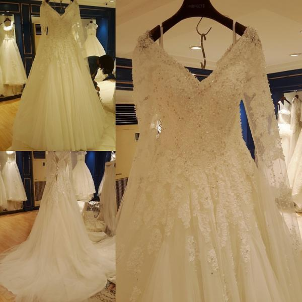 2017 Long Sleeve Wedding Dresses Beaded V-Neck Appliques Sequins A-Line Lace Cathedral Train Backless Wedding Dress New Bridal Gown Vestido