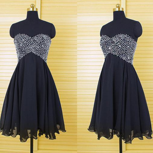 Custom Made Black Sweetheart Neckline Chiffon Homecoming Dress with Rhinestones Beading